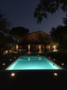 Foto piscina notte Marotta Impianti Sassocorvaro - outdoor